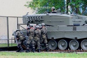 Xe tăng Leopard phiên bản chống bạo động đặc biệt của Áo