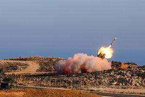 Pha đánh chặn hại hơn bắn trượt của phòng không Saudi
