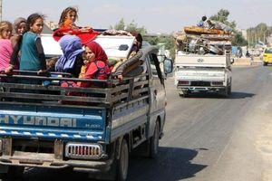 Người Syria nháo nhào tháo chạy trước khi Idlib 'vỡ trận'