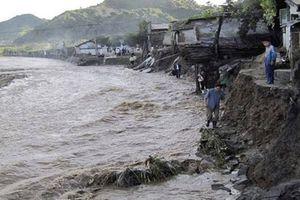 Triều Tiên: Lũ lụt xô đổ hơn 800 tòa nhà, 76 người thiệt mạng
