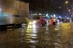 TP.HCM tăng cường ứng phó với mưa lũ, triều cường