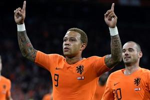 Depay lập cú đúp, Hà Lan ngược dòng thắng Peru