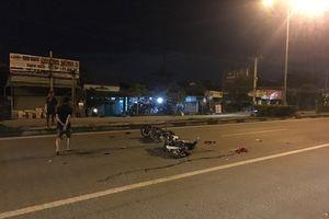 Bình Dương: Hai xe máy tông nhau trong đêm, 2 người thương vong