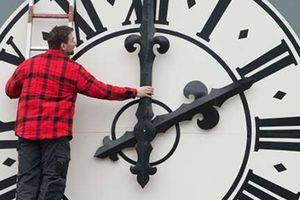 Vì sao châu Âu nên từ bỏ việc đổi giờ?