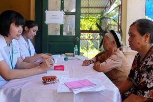 Kéo người dân về với trạm y tế