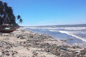 'Thủ đô resort' ngập rác