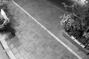 Nửa đêm, người đàn ông Hàn Quốc 'đột nhập' ôtô của người dân Đà Nẵng