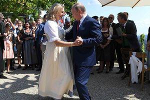 Tổng thống Putin được yêu mến ở các nước phương Tây