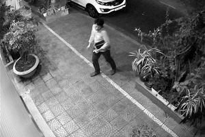 Người đàn ông Hàn Quốc đột nhập ô tô ở Đà Nẵng