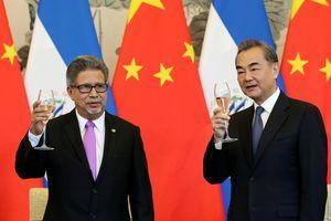 Mỹ triệu hồi đại sứ từ 3 nước 'chia tay' Đài Loan