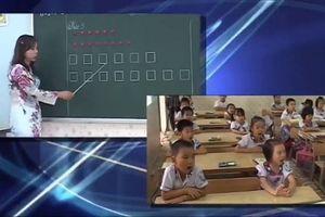 Học sinh đọc thơ theo ô vuông, tam giác: Xôn xao người khen, kẻ chê
