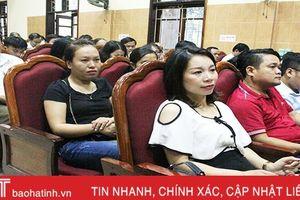 TP Hà Tĩnh trang bị 'cẩm nang công sở' cho cán bộ, công chức