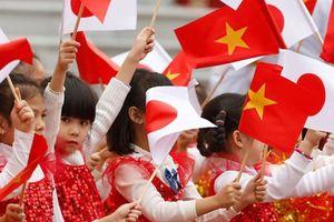 Đại sứ đặc biệt Việt-Nhật biểu diễn trong nhạc hội tại Hà Nội