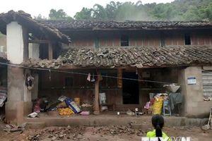 Nhiều ngôi nhà bị phá hủy sau trận động đất ở Vân Nam của Trung Quốc