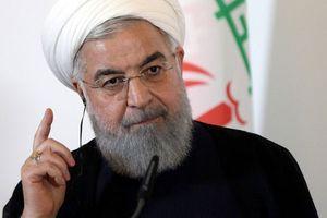 Mỹ 'vừa đấm, vừa xoa' với Iran