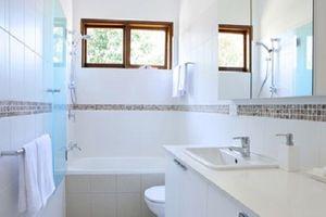 Mẹo hay giúp loại bỏ mùi hôi nhà vệ sinh nhanh chóng, hiệu quả nhất