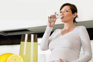 Uống nước chanh ấm vào thời điểm này tốt hơn sữa, thai nhi tăng ký ào ào
