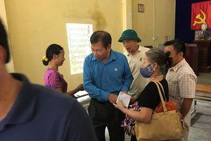 Khắc phục đập bãi thải Nhà máy DAP: Hỗ trợ tạm thời gần 200 triệu đồng