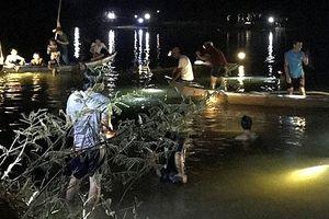 Rủ nhau ra sông Trà Bồng tắm, 2 nữ sinh đuối nước tử vong