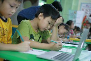 Học sinh Việt Nam lần đầu học lập trình trong game Minecraft của Microsoft