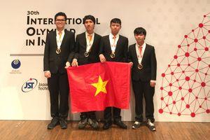 Olympic Tin học 2018: THPT Chuyên Khoa học Tự nhiên giành 3 Huy chương