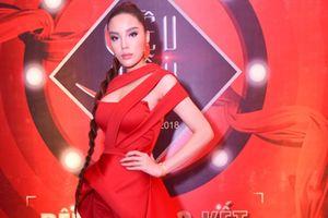 CK Siêu mẫu Việt Nam: Kỳ Duyên hóa Nicky Minaj phiên bản Việt với đôi môi căng mọng