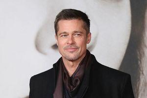 Chưa hết lùm xùm ly hôn, Brad Pitt lại dính vào vụ kiện mới