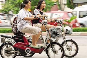 Hà Nội nêu lý do muốn quản xe đạp điện như xe máy