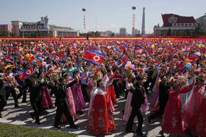 Triều Tiên diễu binh mừng Quốc khánh