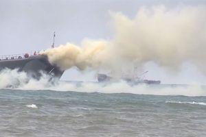 Hải quân đánh bộ Nga đổ bộ dũng mãnh bờ biển Syria