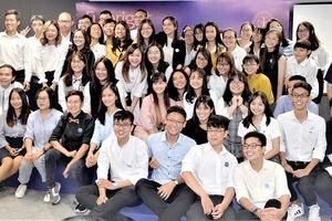 54 sinh viên đầu tiên của Trường ĐH Fulbright Việt Nam
