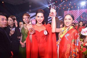 Học trò Hương Giang giành giải Vàng Siêu mẫu Việt Nam 2018