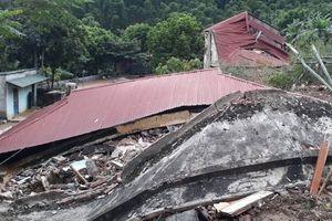 Nỗ lực khắc phục hậu quả do mưa lũ, sớm ổn định đời sống của nhân dân
