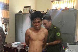 Đột nhập vào nhà cán bộ huyện trộm chim bị cả làng vây bắt