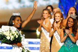 Thạc sĩ da màu 25 tuổi Nia Franklin đăng quang Hoa hậu Mỹ 2019