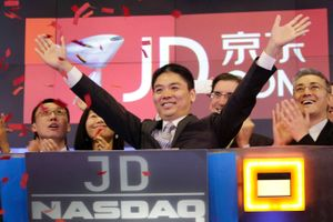 Nếu JD.com là một công ty Mỹ, HĐQT đã sa thải CEO ngay sau cáo buộc tình dục