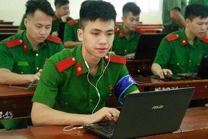 Ngắm những gương mặt trai xinh gái đẹp của HV Cảnh sát trong cuộc thi Olympic Tiếng Anh sinh viên toàn quốc