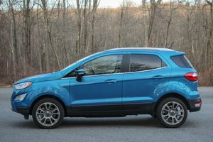 Ford EcoSport bị triệu hồi do lỗi phần mềm PCM