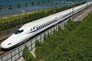 Dự án đường sắt cao tốc Bắc – Nam: 'Cần đánh giá tác động lên nợ công quốc gia'
