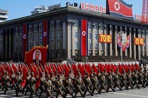 Tổng thống Mỹ hoan nghênh Triều Tiên duyệt binh không khoe tên lửa