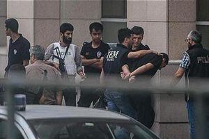 Thổ Nhĩ Kỳ bắt giữ hàng chục người nghi có liên hệ với Giáo sĩ Gulen