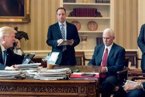 Tổng thống Trump đang đứng trước nguy cơ bị đảo chính?