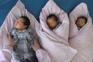 Trung Quốc bất ngờ mở cửa nới lỏng chính sách kế hoạch hóa gia đình