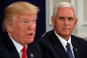 TT Trump chìm trong khủng hoảng, Phó TT Pence đợi chờ trong bóng tối