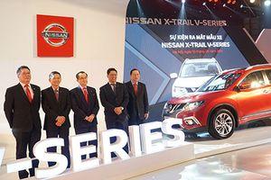 'Soi' Nissan X-Trail V-Series giá gần 1 tỷ đồng tại Việt Nam