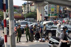 Hà Nội: Toyota Camry gây tai nạn liên hoàn trên phố
