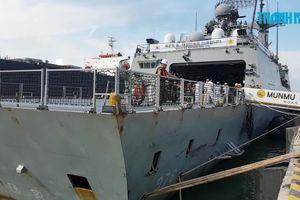 Cận cảnh tàu chiến Hàn Quốc thăm hữu nghị Đà Nẵng