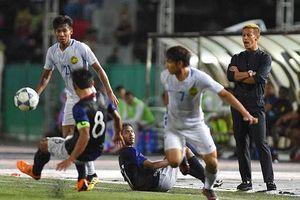 Keisuke Honda thua ngược trong ngày ra mắt tuyển Campuchia