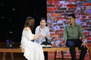 NSND Hồng Vân bật khóc trước tiết mục của đạo diễn Minh Nhật