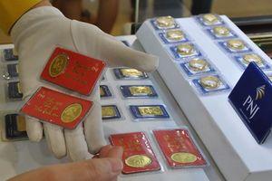 Giá vàng chốt phiên 11/9: Vàng trong nước thách thức đồng USD tăng giá